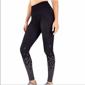 Fabletics High Waisted Seamless Check Leggings Houndstooth Print 7/8 lactivewear